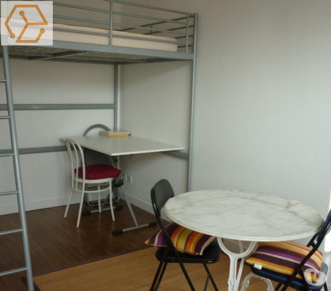 location appartement angers meuble trouvez des locations de vacances angers sur airbnb with. Black Bedroom Furniture Sets. Home Design Ideas